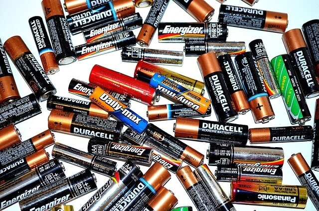 EZ-Battery-Reconditioning-Review batteries
